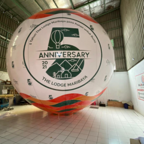 balon angkasa balon selfie bantu para vendor